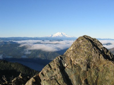 Mt Rainier from Thorp Mt